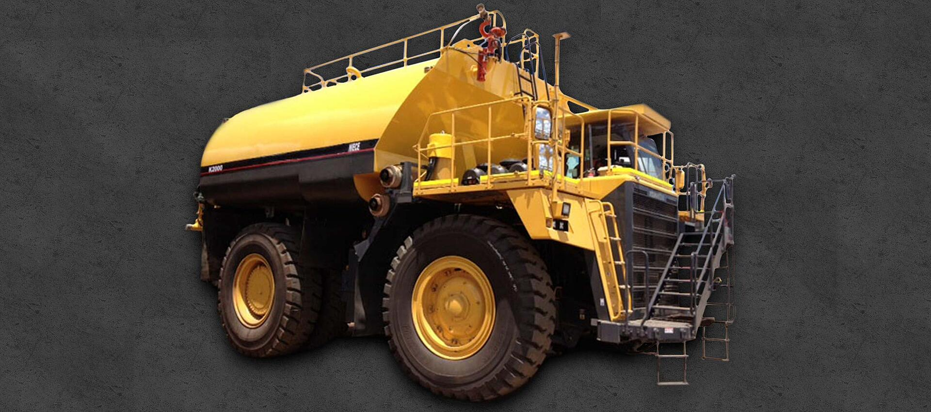 Niece Equipment 20,000 Gallon Rigid Frame Water Truck